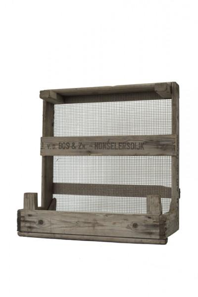 regal aus kisten regale aus kisten selber machen heimwerkermagazin kunstvolle industrial style. Black Bedroom Furniture Sets. Home Design Ideas