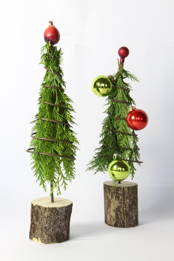 """Spiraltanne auf Holz """"medium"""""""
