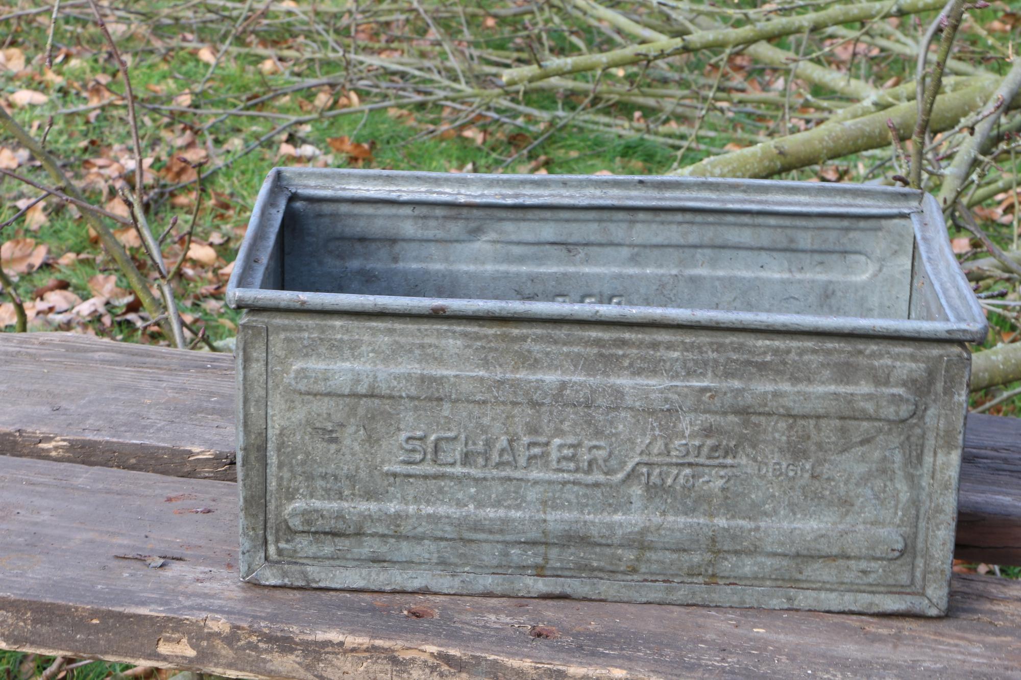 """Alte Eisenkiste """"Verzinkt"""" -VERKAUFT-"""
